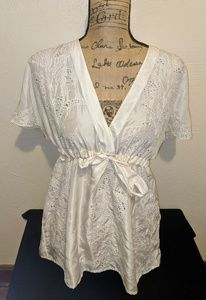 Banana Republic White Flowy Blouse